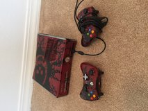 Xbox 360 Gears Of War Edition in Nellis AFB, Nevada