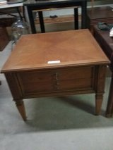 Nice Wood End Table in Fort Polk, Louisiana