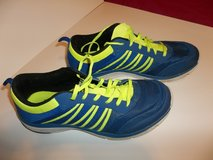 Men's Starter Running Shoes- Pre-owned in Fort Campbell, Kentucky