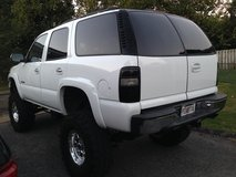 Great White( Chevy Tahoe) 2001 in Lawton, Oklahoma