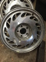 4 Used 16 inch rims in Bolingbrook, Illinois