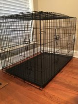 """Price reduction!! 42"""" double door dog crate in Moody AFB, Georgia"""