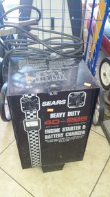Heavy duty battery charger & engine starter in 29 Palms, California
