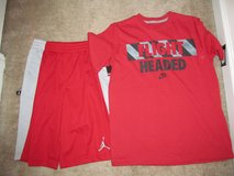 NWT Boys Nike outfit size 10/12 in Columbus, Georgia