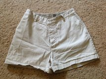 Ladies Gap Button Shorts in Camp Lejeune, North Carolina