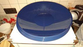 Large plastic serving tray/bowl from IKEA in Baumholder, GE