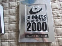 2000 Guinness World records Hardcover in Naperville, Illinois