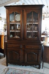beautiful solid oak dining room hutch - a real classic in Baumholder, GE