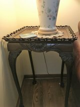 Beautiful Maghogany End table in Plainfield, Illinois