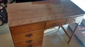 "ETHAN ALLEN Heirloom Nutmeg Maple 40"" Desk in Naperville, Illinois"