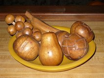wooden fruit & bowl in St. Charles, Illinois