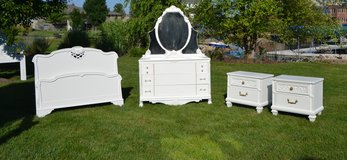 White Bedroom set. Vintage glass & Brass hardware. 2 nightstands Dresser, mirror  Full Bed in Naperville, Illinois