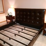 King Leather Bed in St. Charles, Illinois