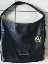 Michael Kors Black Saffaino leather purse in Baytown, Texas