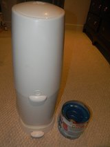 Diaper Genie w/ 3 Refills in Fort Belvoir, Virginia
