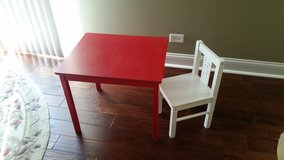 Table for kids with chair in Batavia, Illinois