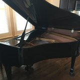 Grand Piano Kohler and Campbell Outstanding condition in Houston, Texas
