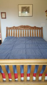 Queen Oakcrest Rake Bed Collector's Edition in Fort Leonard Wood, Missouri