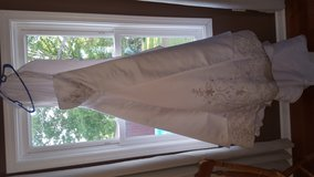 Wedding dress in Dover, Tennessee