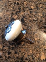 Drawer Pulls in Naperville, Illinois