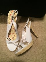 New size 9 heels in 29 Palms, California