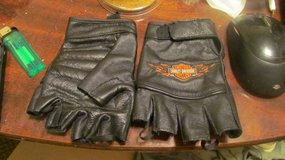 mens harley davidson leather gloves in Lawton, Oklahoma