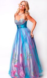 Ball Gown in Bolingbrook, Illinois