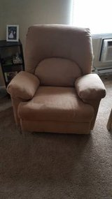Recliner for sale! in Fort Wayne, Indiana