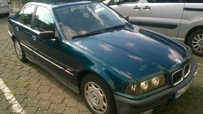1995 BMW 318i Located in Kaiserslautern [Can drive to Wiesbaden] in Wiesbaden, GE