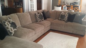 *Moving Sale* Large Sectional Sofa in Lawton, Oklahoma