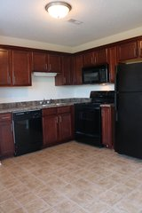 Near Ft. Campbell!! 2 Bed 1.5 Bath Townhouse in Fort Campbell, Kentucky