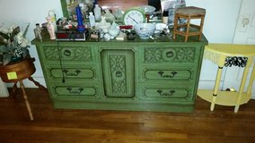 Antiques Bed and 2 Dresser in Montgomery, Alabama
