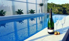 ROMANTIC BREAK?? VACATION VILLA WITH PRIVATE POOL IN YOMITAN- LAST MINUTE DEAL in Okinawa, Japan