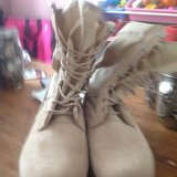 Military Boots. 9.5 in Fort Campbell, Kentucky