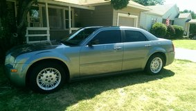 '06 Chrysler 300c (silver) in Lawton, Oklahoma