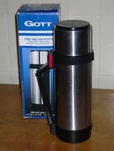 GOTT 1 ltr thermos stainless steel in Glendale Heights, Illinois