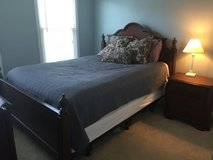 Queen size Bedroom Set in Fairfax, Virginia