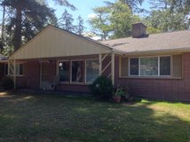3bd 1ba fully fenced yard in Fort Lewis, Washington