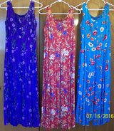 Small & Sz. 6 misses dresses in Yucca Valley, California