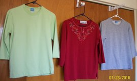 Misses & Womens tops in Yucca Valley, California