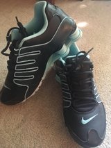 nike shox womens 11 in Fort Drum, New York