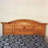 Queen Broyhill Bedroom set in Temecula, California