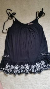 Juicy Couture Black and White Top - Size M in Joliet, Illinois