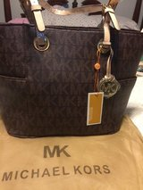 New Michael Kors Purse in Todd County, Kentucky
