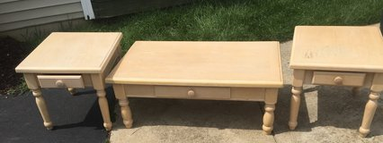 Coffee tables and two end tables in St. Charles, Illinois