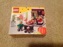 LEGO 40123 Thanksgiving Feast set in 29 Palms, California
