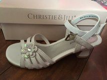 Girls Shoes Size 2 in Morris, Illinois