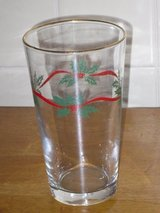 6 gold rim glasses in Glendale Heights, Illinois