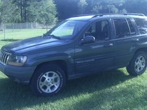 2004 GRAND JEEP CHEROKEE LAREDO in Moody AFB, Georgia