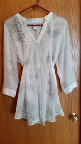 Sheer long shirt (XL) in Chicago, Illinois